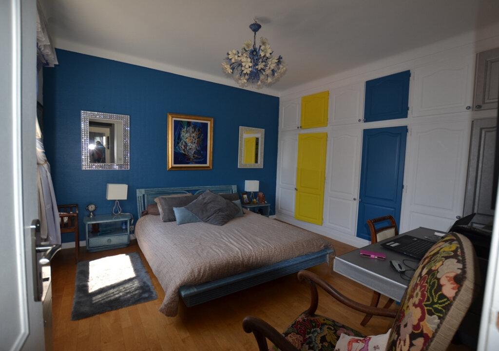 Appartement à vendre 3 93m2 à Antibes vignette-9