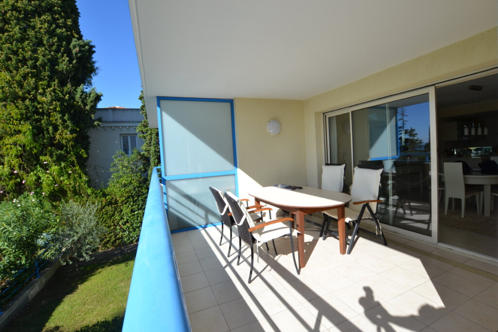 Appartement à vendre 3 63.06m2 à Cannes vignette-2