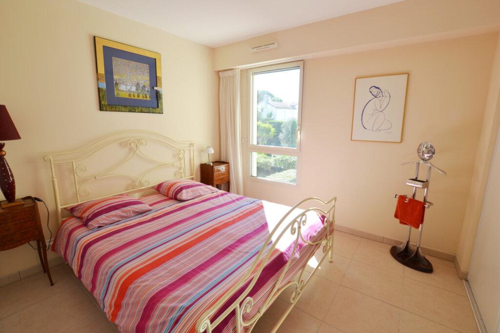 Appartement à vendre 3 63.06m2 à Cannes vignette-10
