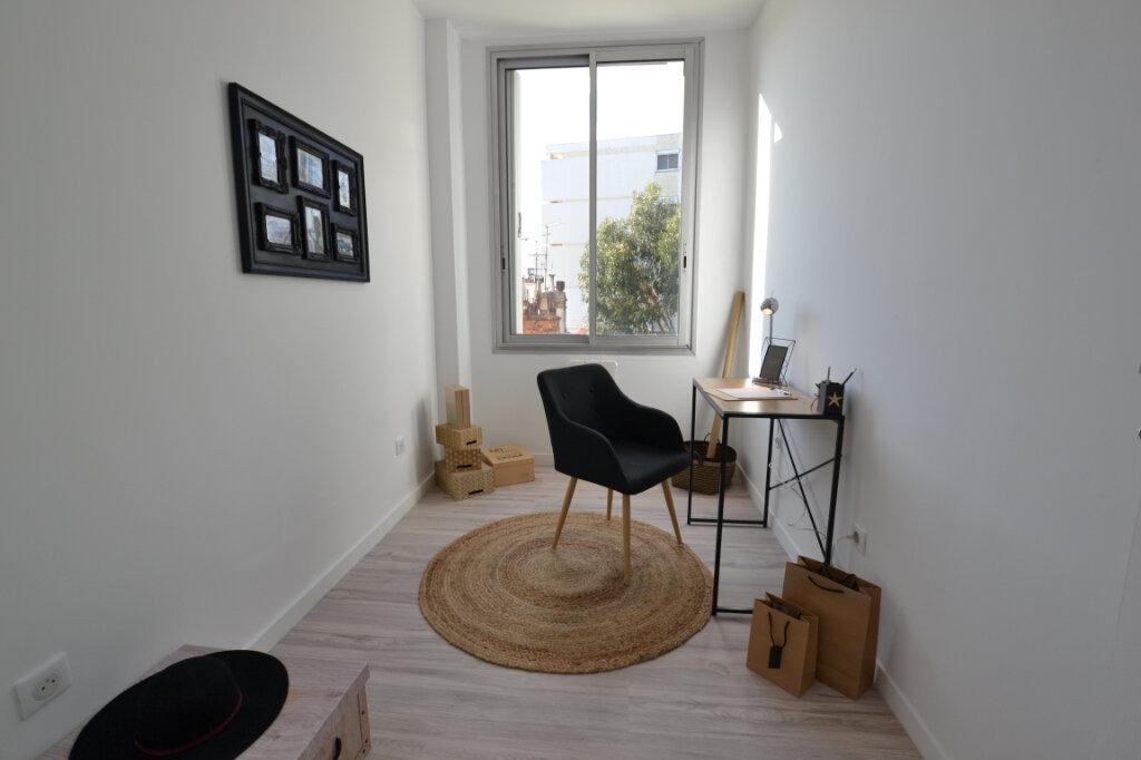 Appartement à vendre 3 78.24m2 à Cannes vignette-3