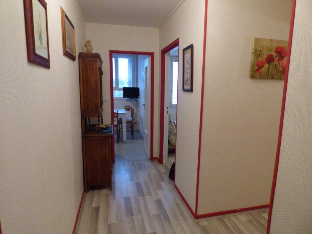 Appartement à louer 2 45.41m2 à Limoges vignette-5