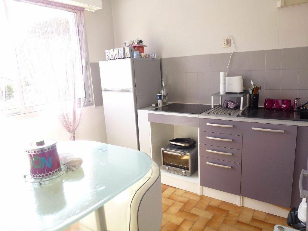 Appartement à louer 2 49.31m2 à Limoges vignette-2
