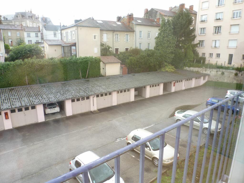Appartement à louer 3 51.04m2 à Limoges vignette-5