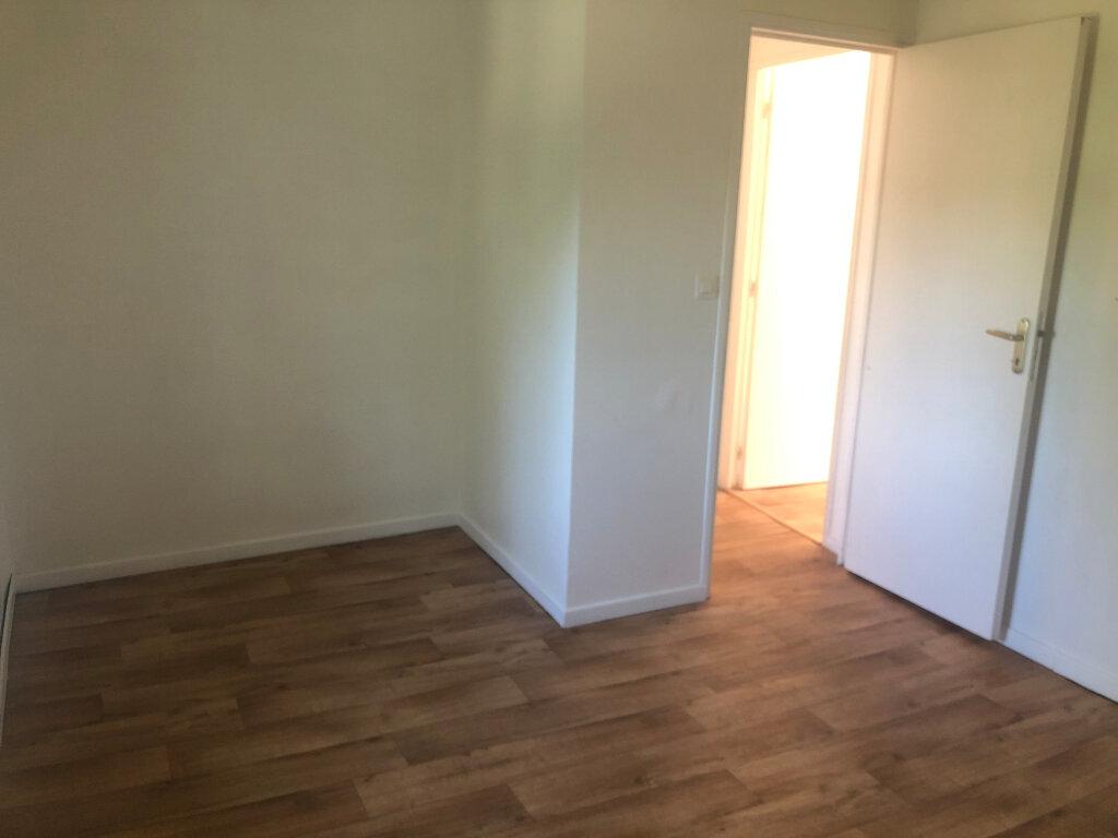 Maison à louer 5 87.33m2 à Condat-sur-Vienne vignette-6