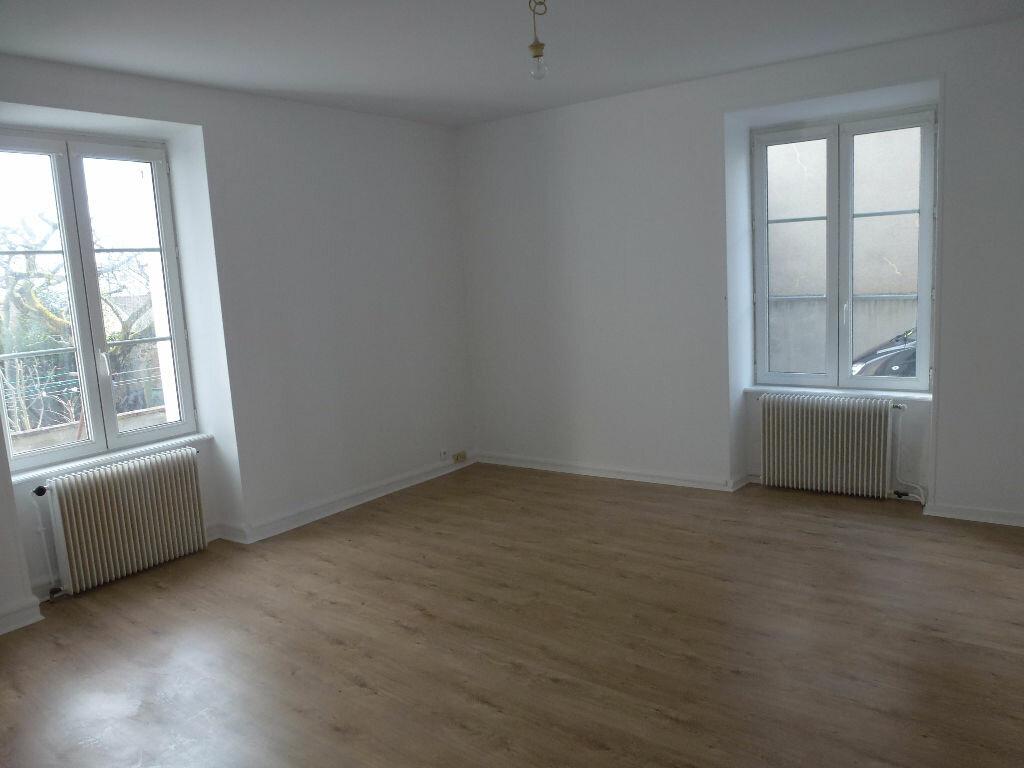 Appartement à louer 2 52.69m2 à Limoges vignette-1