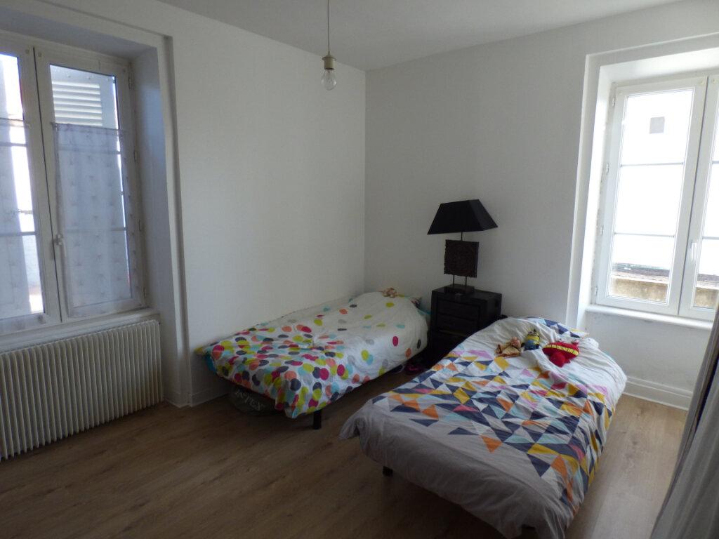 Appartement à louer 2 52.69m2 à Limoges vignette-3