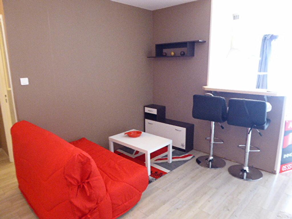 Appartement à louer 2 30.34m2 à Limoges vignette-2
