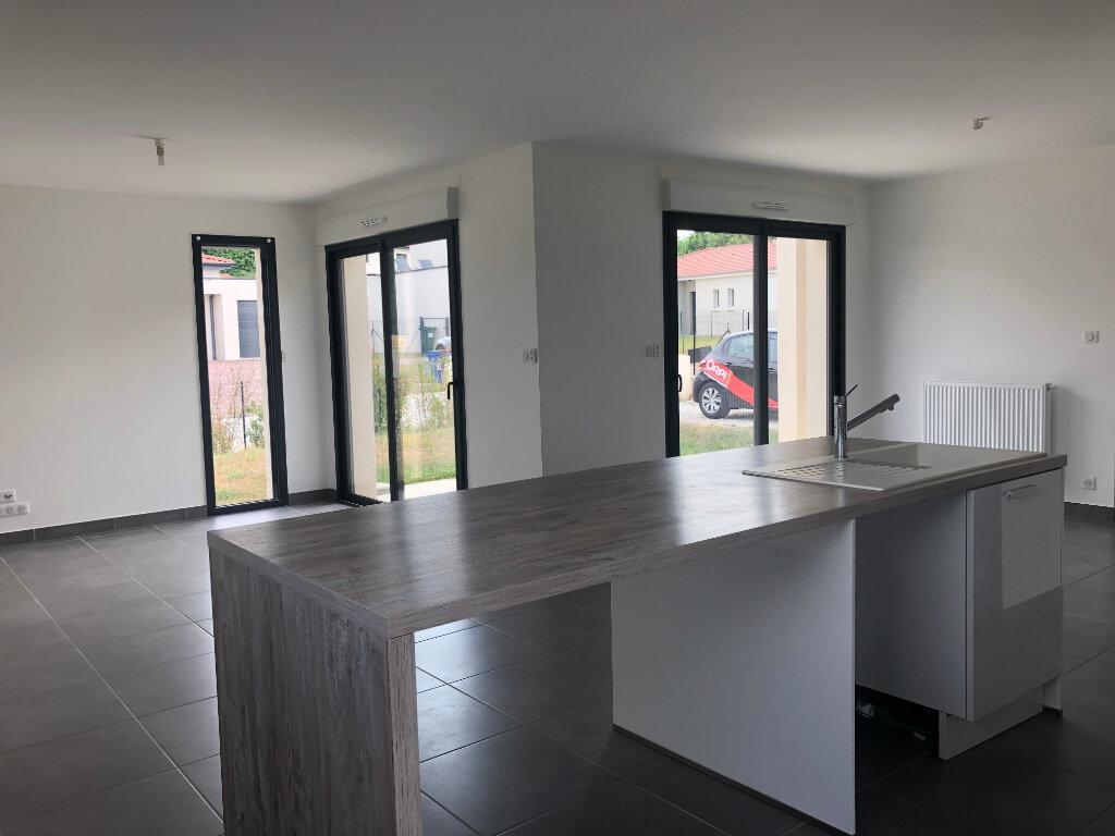 Maison à louer 5 103.75m2 à Limoges vignette-4