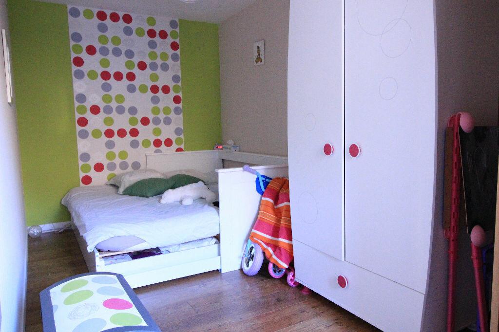 Appartement à louer 4 82.17m2 à Limoges vignette-6