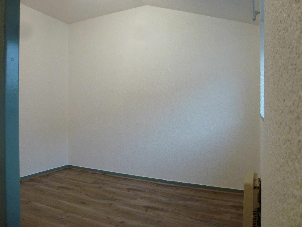 Appartement à louer 2 24.83m2 à Limoges vignette-6