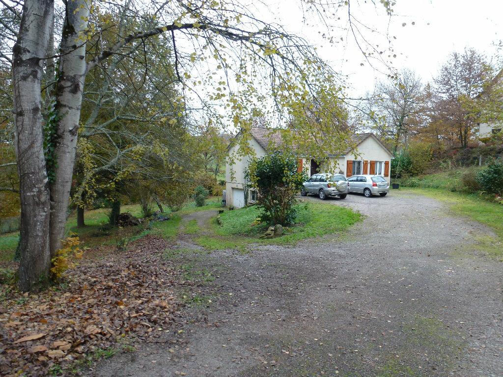 Maison à louer 4 88.07m2 à Eyjeaux vignette-13