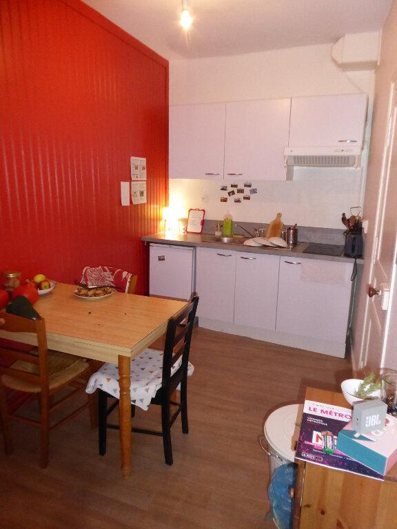 Appartement à louer 1 37.63m2 à Limoges vignette-3