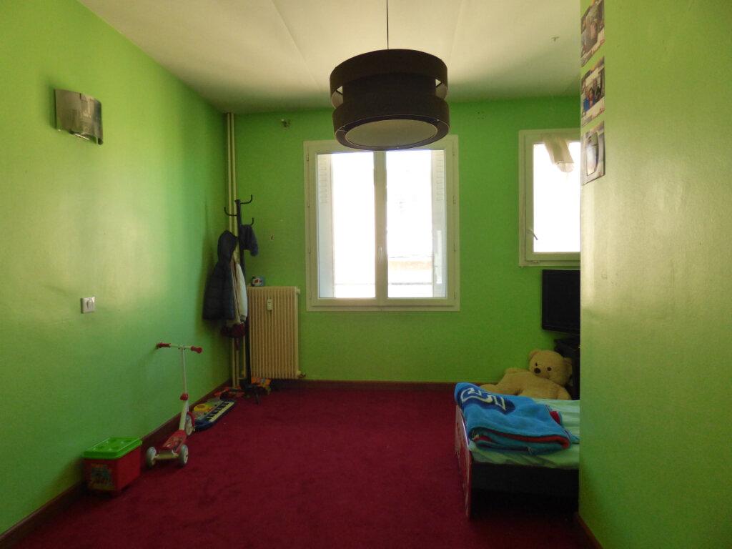 Appartement à vendre 4 80.47m2 à Limoges vignette-13