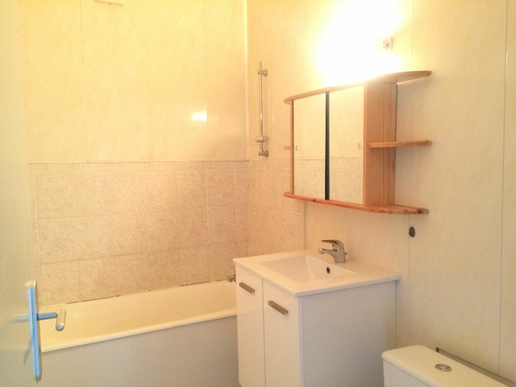 Appartement à louer 2 37.02m2 à Limoges vignette-5
