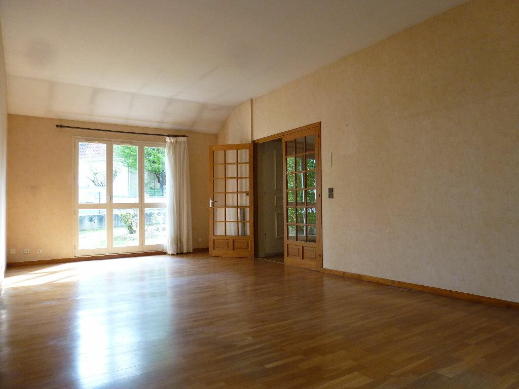 Maison à louer 4 99.77m2 à Panazol vignette-2