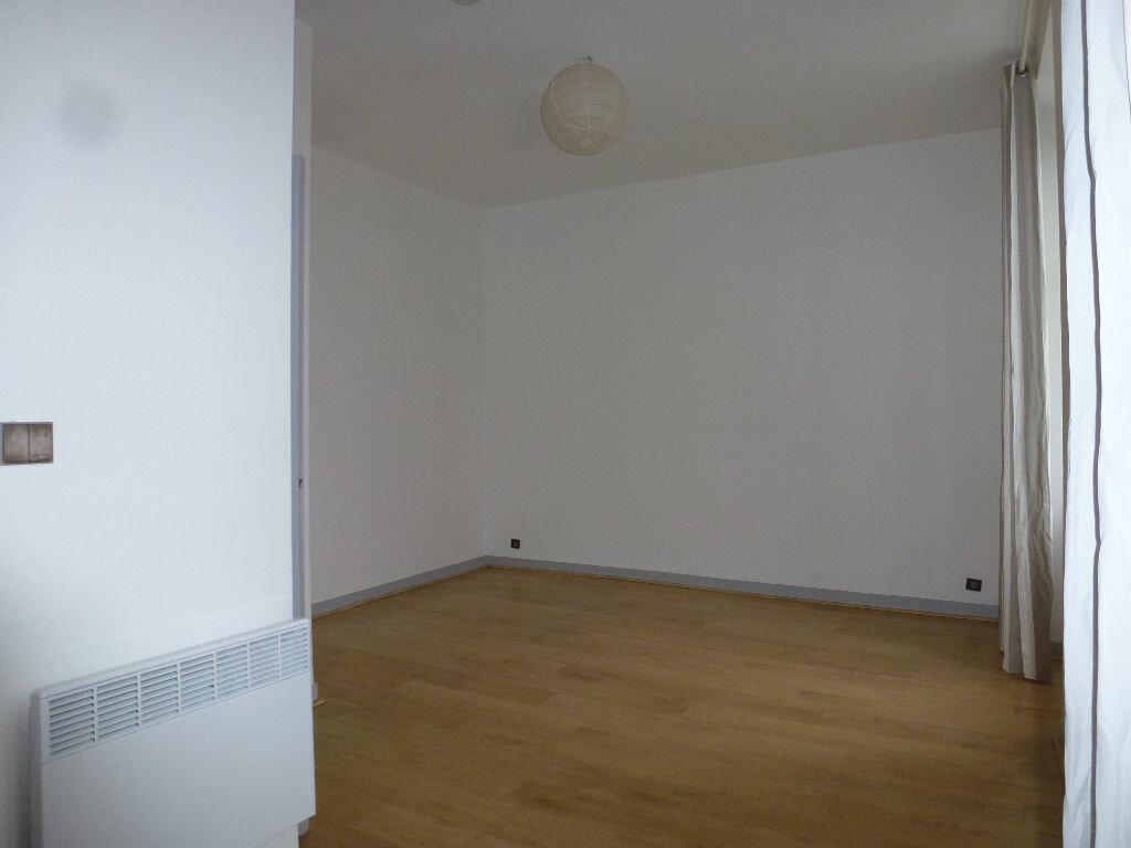 Appartement à louer 1 25.74m2 à Limoges vignette-4