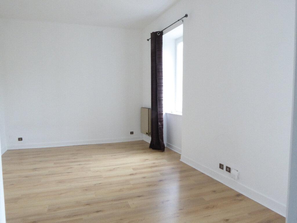 Appartement à louer 1 24.57m2 à Limoges vignette-4