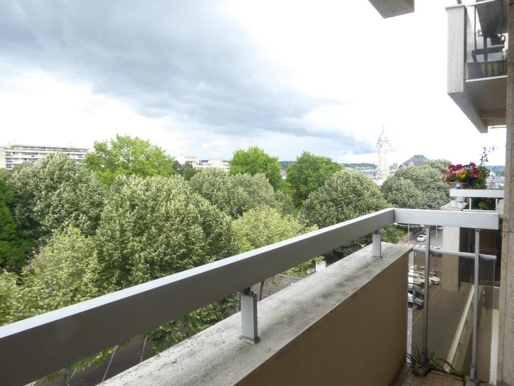 Appartement à louer 3 73.33m2 à Limoges vignette-1