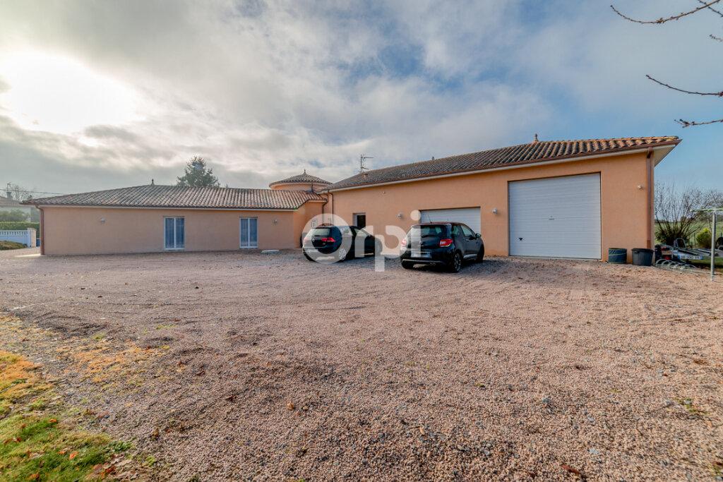 Maison à vendre 7 232.34m2 à Panazol vignette-12