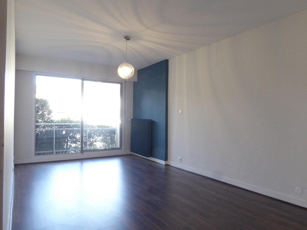 Appartement à louer 1 35.84m2 à Limoges vignette-1
