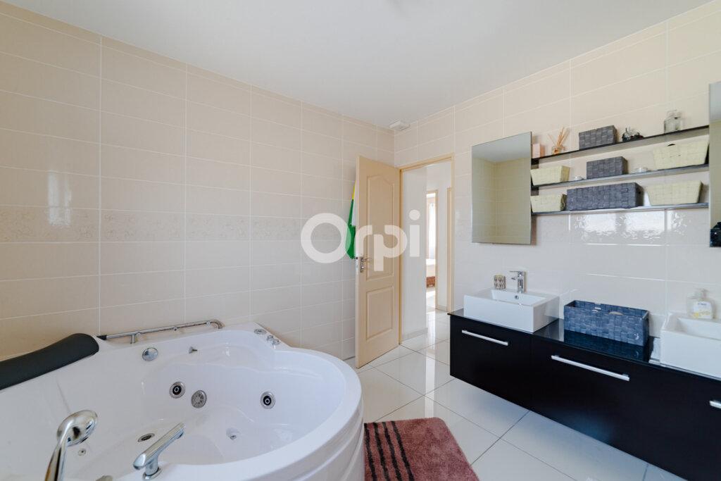 Maison à vendre 6 150m2 à Condat-sur-Vienne vignette-7