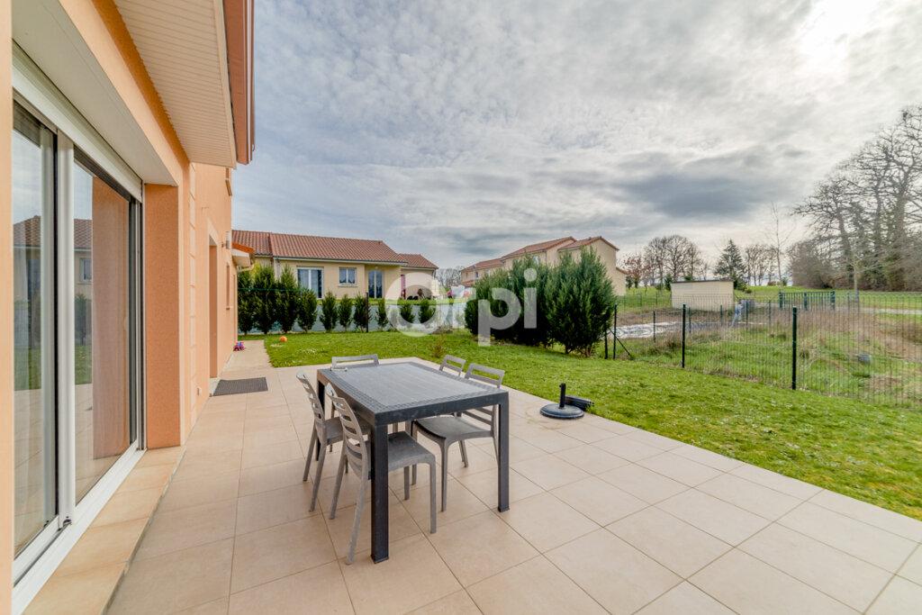Maison à vendre 6 150m2 à Condat-sur-Vienne vignette-8