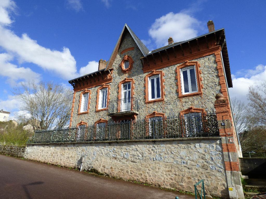 Maison à louer 10 220m2 à Limoges vignette-1