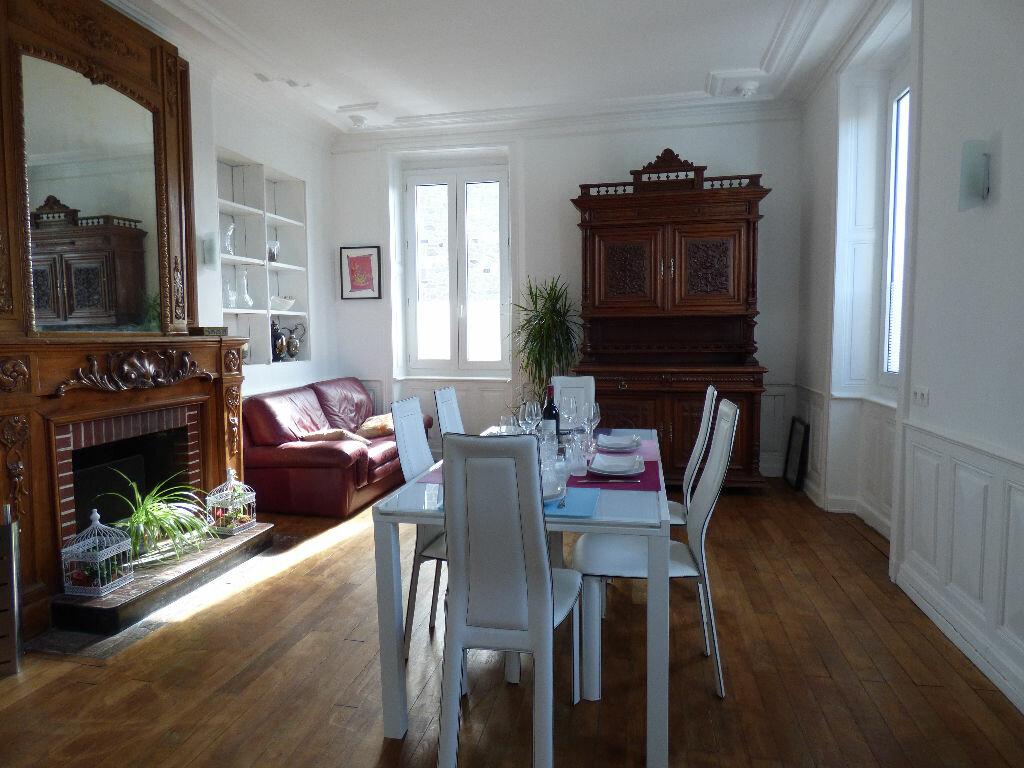 Maison à louer 10 220m2 à Limoges vignette-2