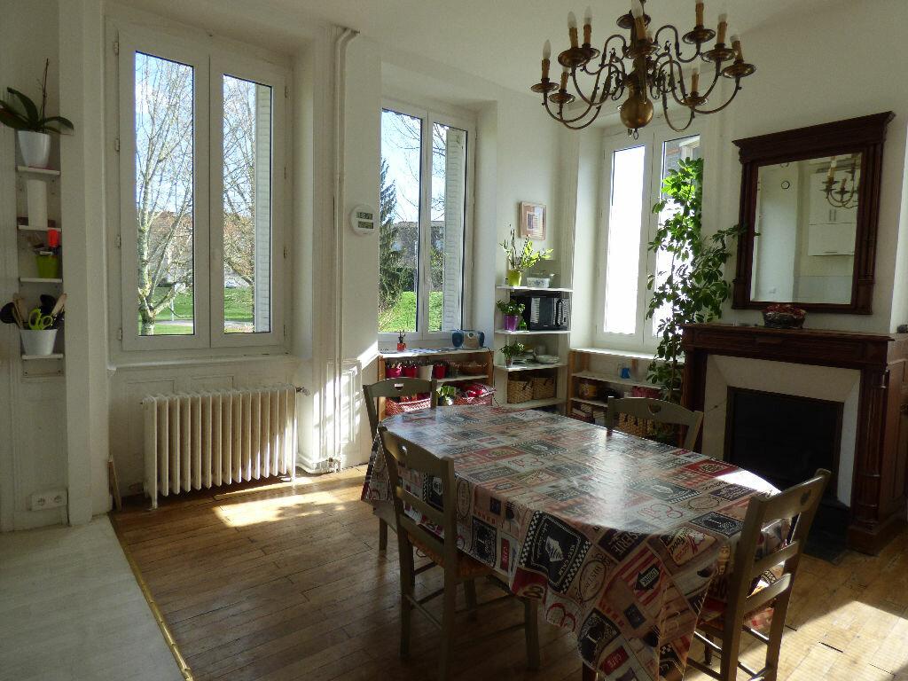 Maison à louer 10 220m2 à Limoges vignette-5