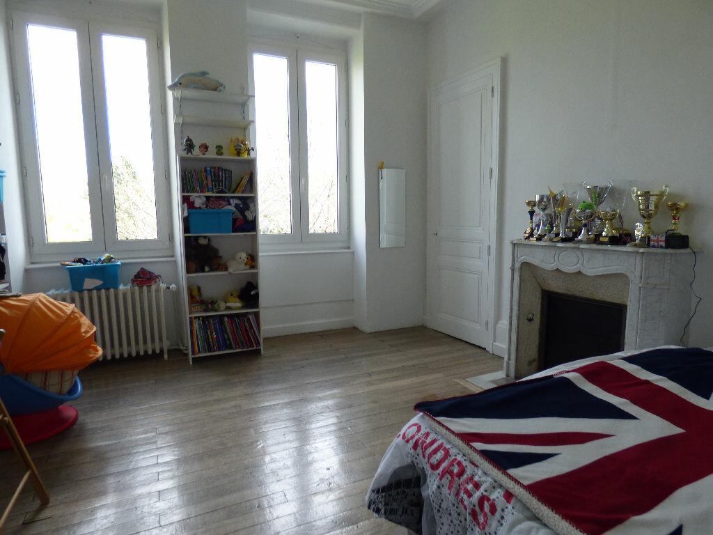 Maison à louer 10 220m2 à Limoges vignette-9