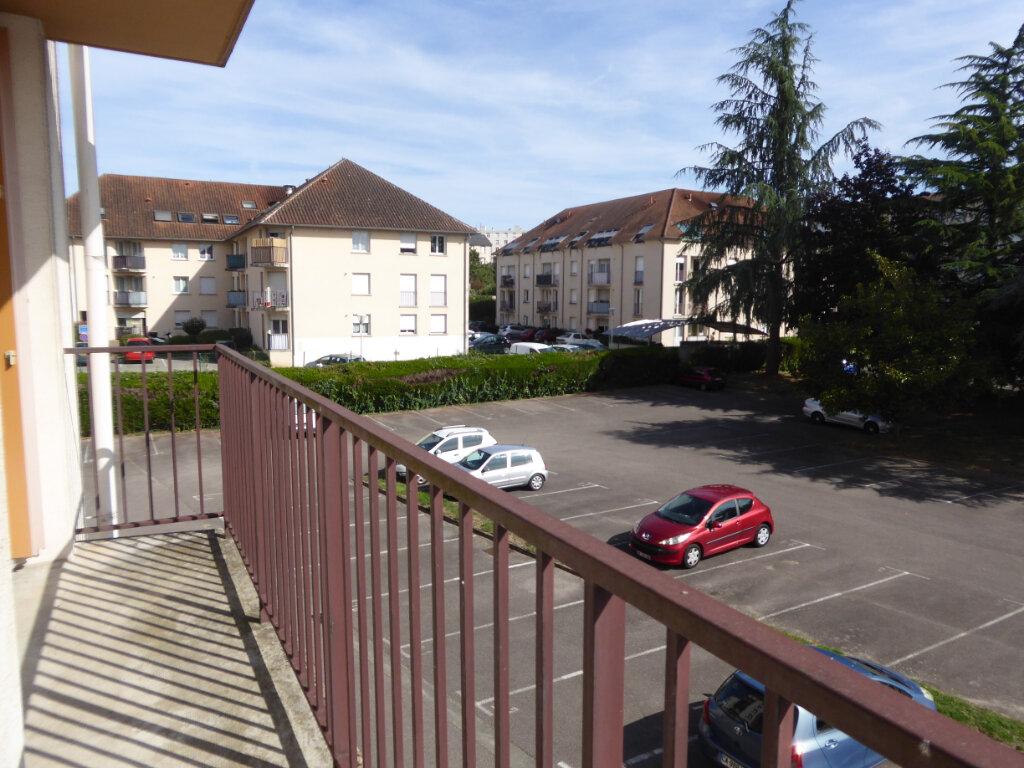 Appartement à louer 2 50.08m2 à Limoges vignette-2
