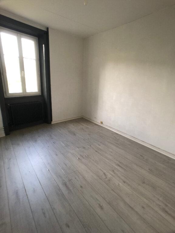 Appartement à louer 3 48.78m2 à Limoges vignette-3