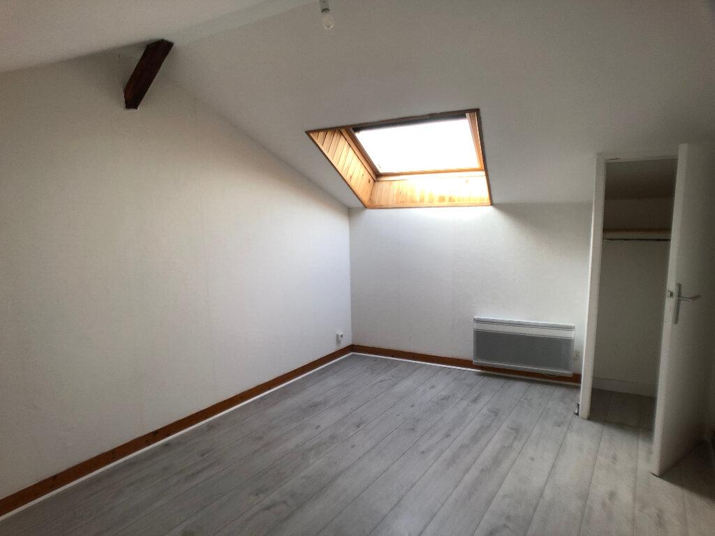 Appartement à louer 3 48.78m2 à Limoges vignette-4