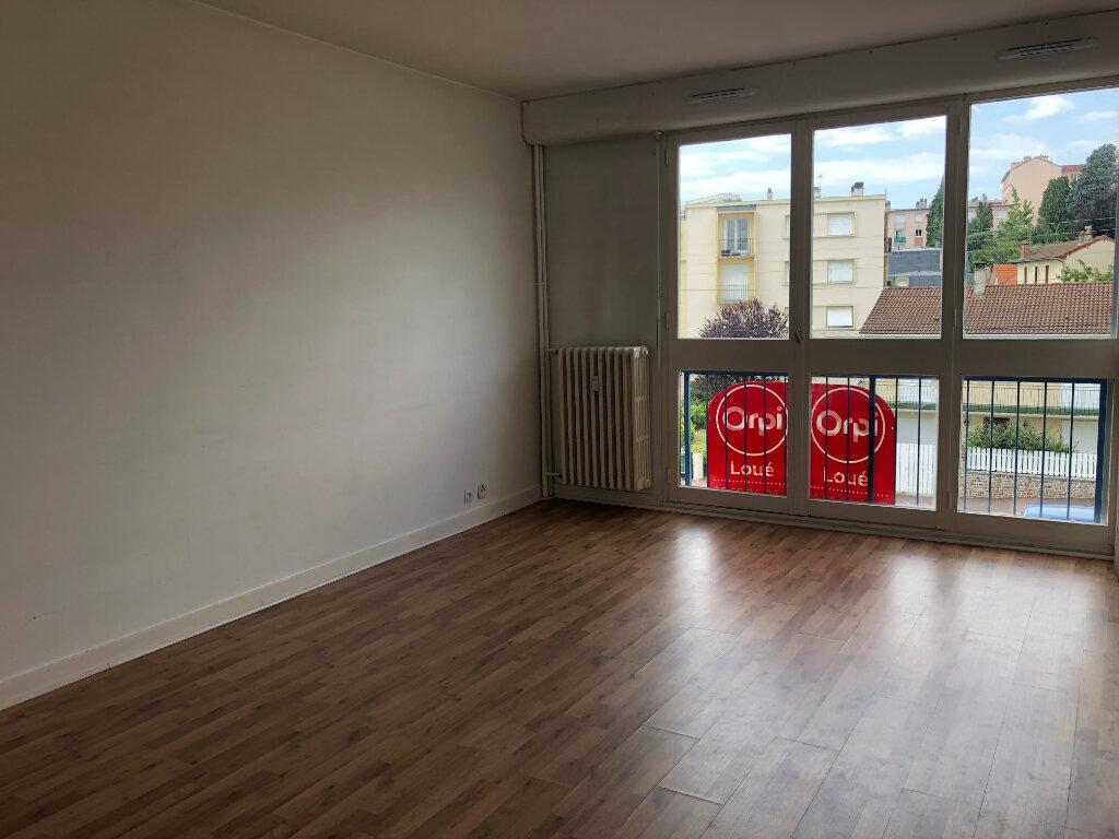 Appartement à louer 1 28.25m2 à Limoges vignette-1