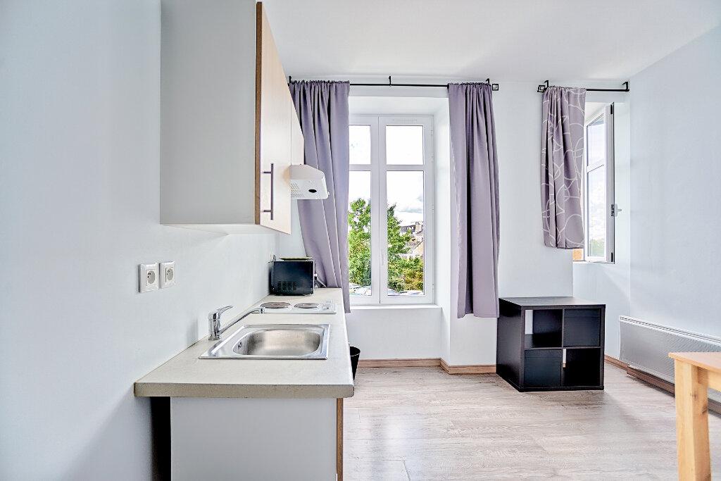 Appartement à louer 1 33.73m2 à Limoges vignette-2