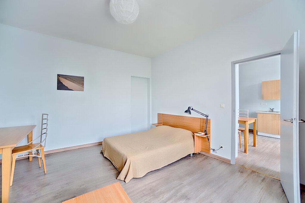 Appartement à louer 1 33.73m2 à Limoges vignette-7
