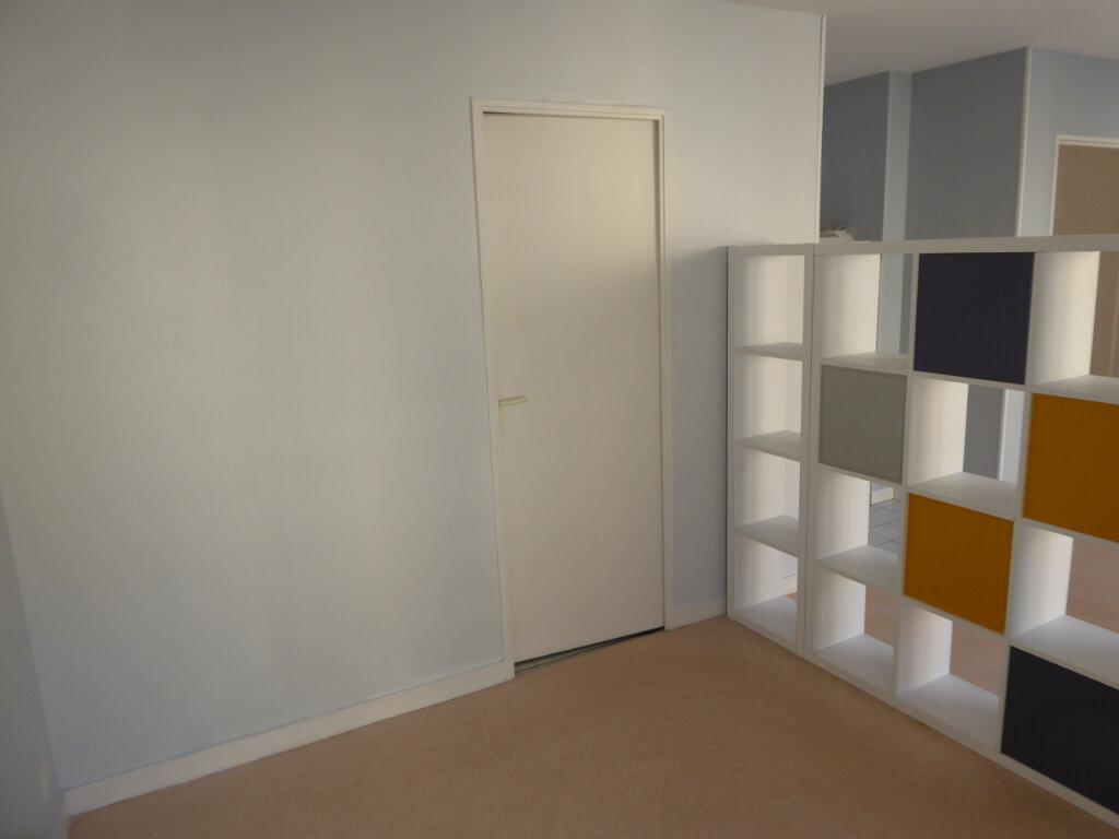 Appartement à louer 1 31.83m2 à Limoges vignette-4