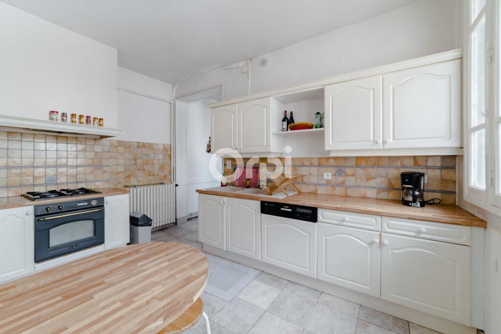 Appartement à vendre 5 115m2 à Limoges vignette-4