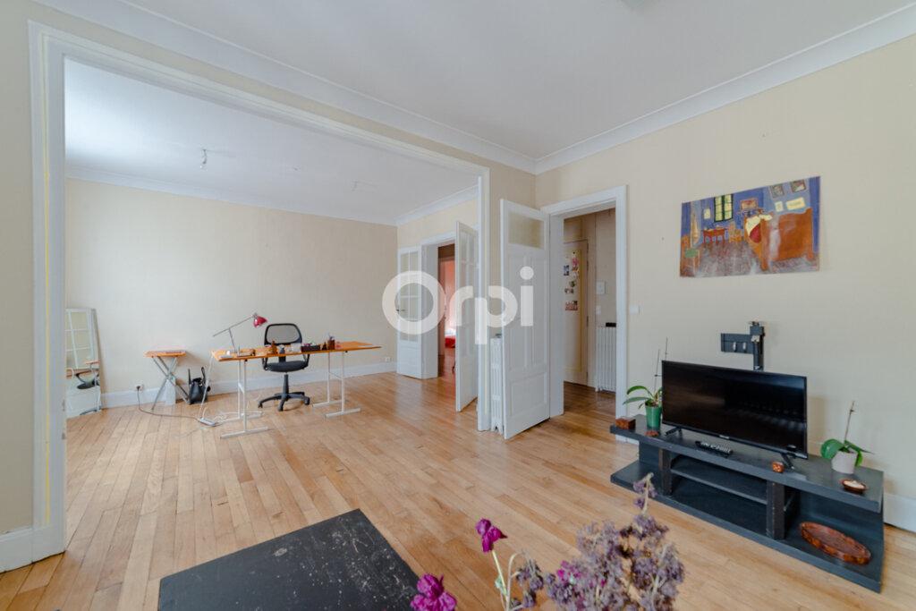 Appartement à vendre 5 115m2 à Limoges vignette-5