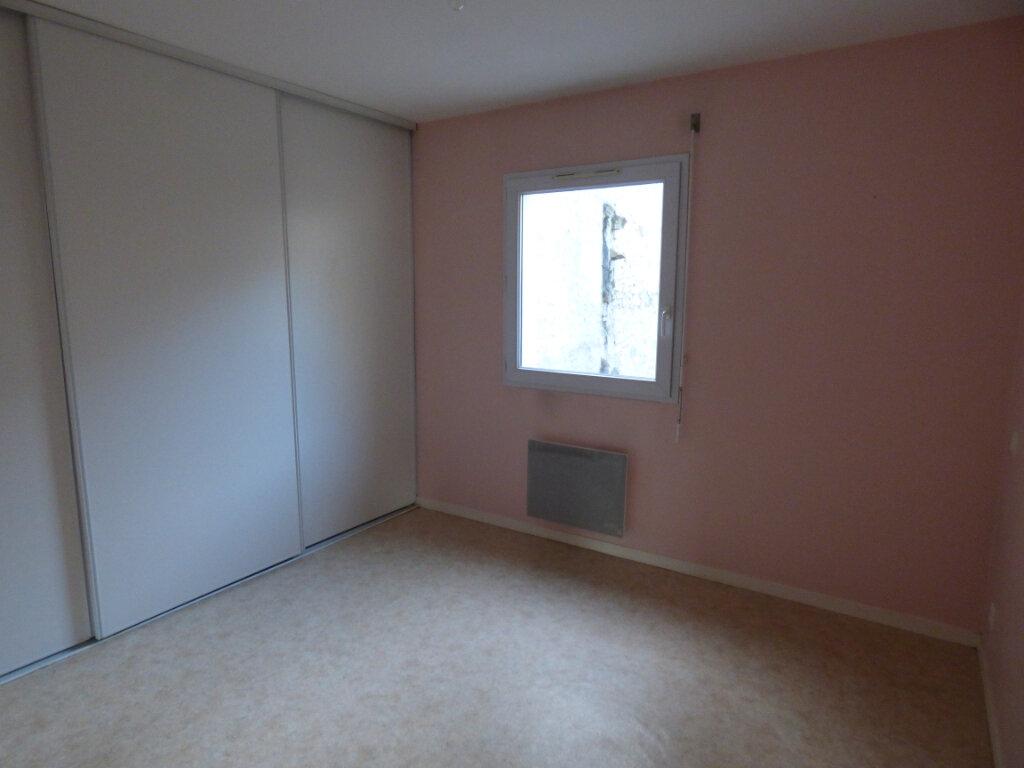 Appartement à louer 3 58.97m2 à Limoges vignette-6