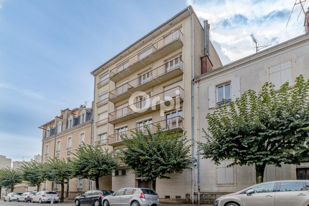 Appartement à vendre 3 65m2 à Limoges vignette-4