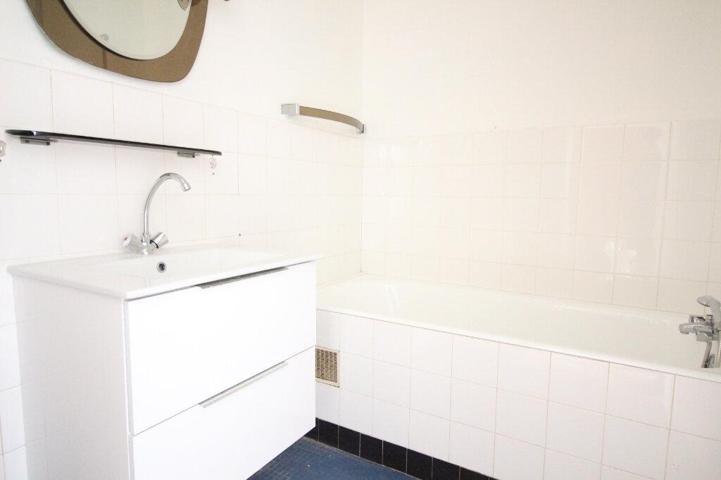 Appartement à vendre 3 65m2 à Limoges vignette-10