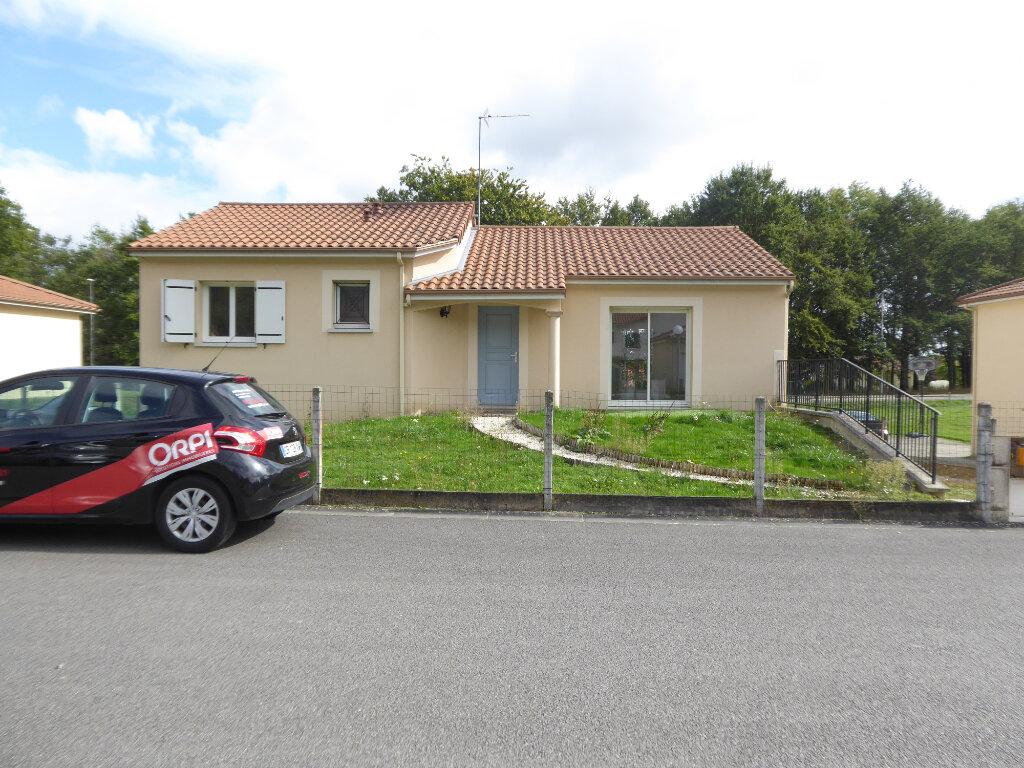 Maison à louer 4 89.65m2 à Limoges vignette-1