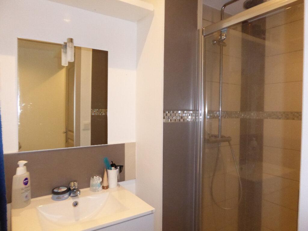 Appartement à louer 2 34.13m2 à Limoges vignette-4