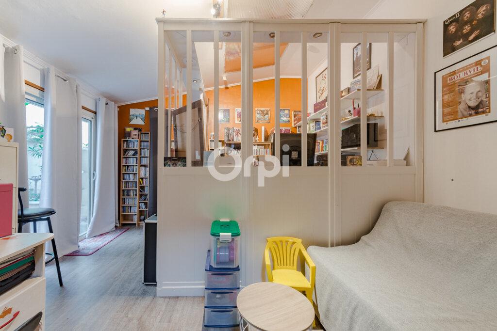 Maison à vendre 8 238m2 à Saint-Junien vignette-4