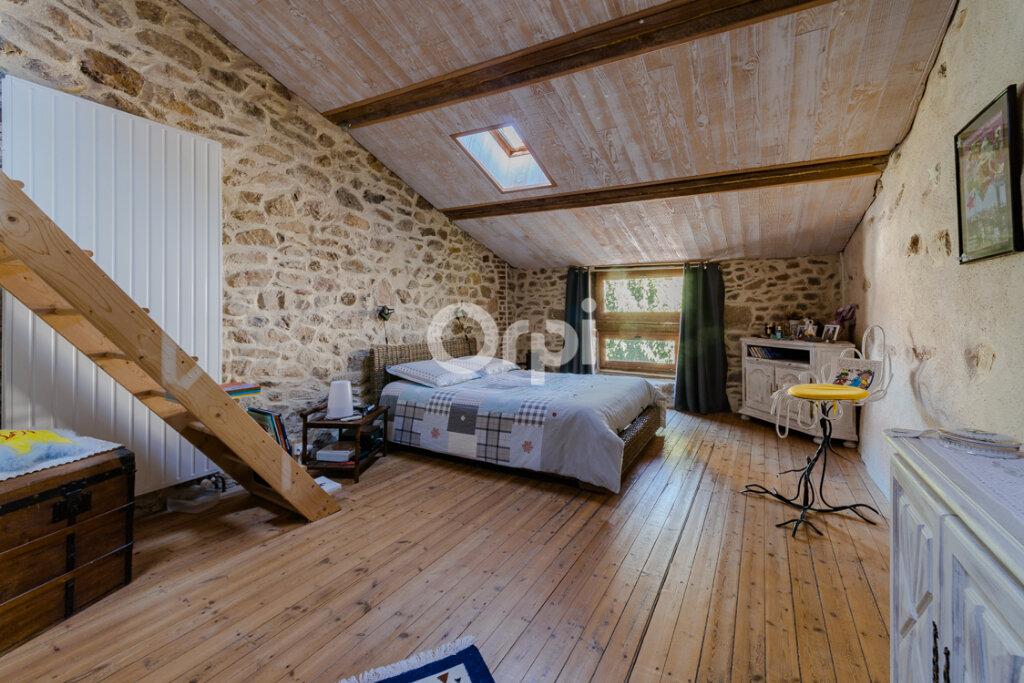 Maison à vendre 8 238m2 à Saint-Junien vignette-8