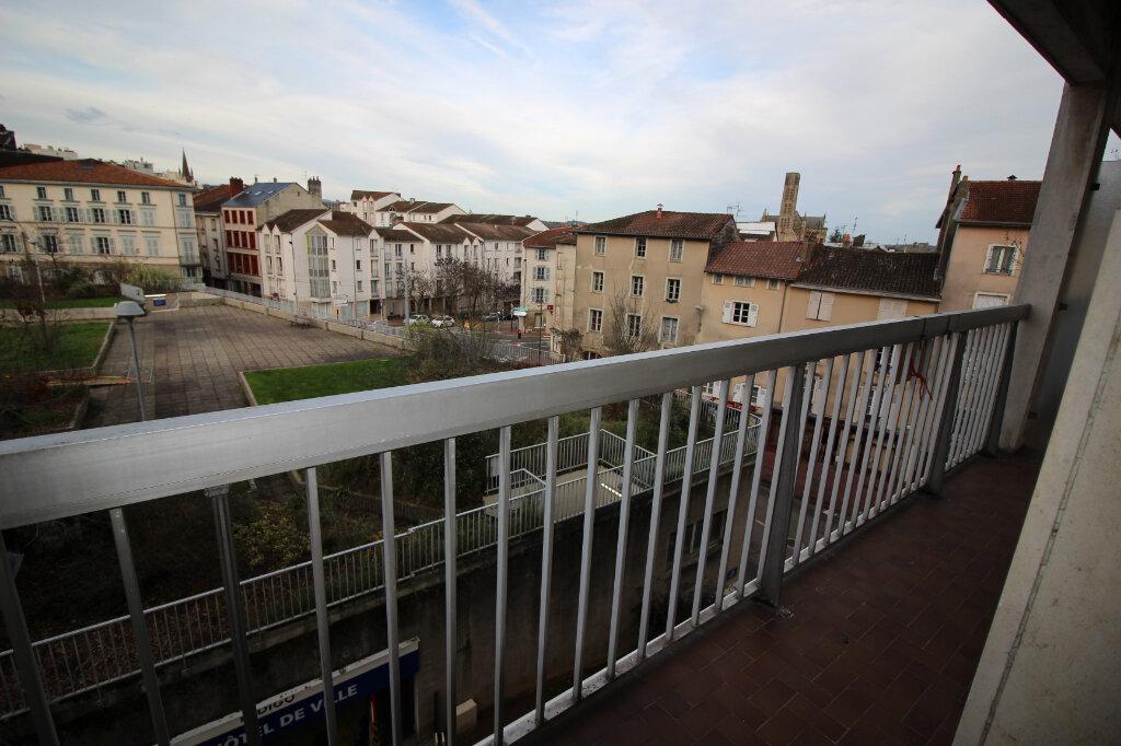 Appartement à louer 3 71.14m2 à Limoges vignette-1