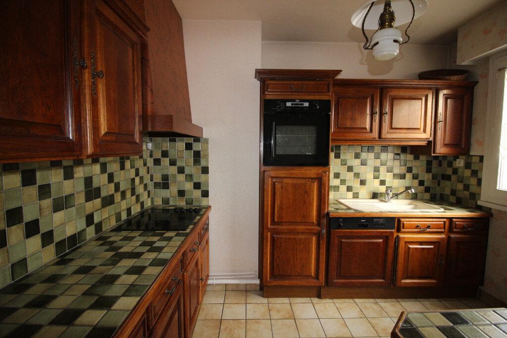 Appartement à louer 3 71.14m2 à Limoges vignette-5