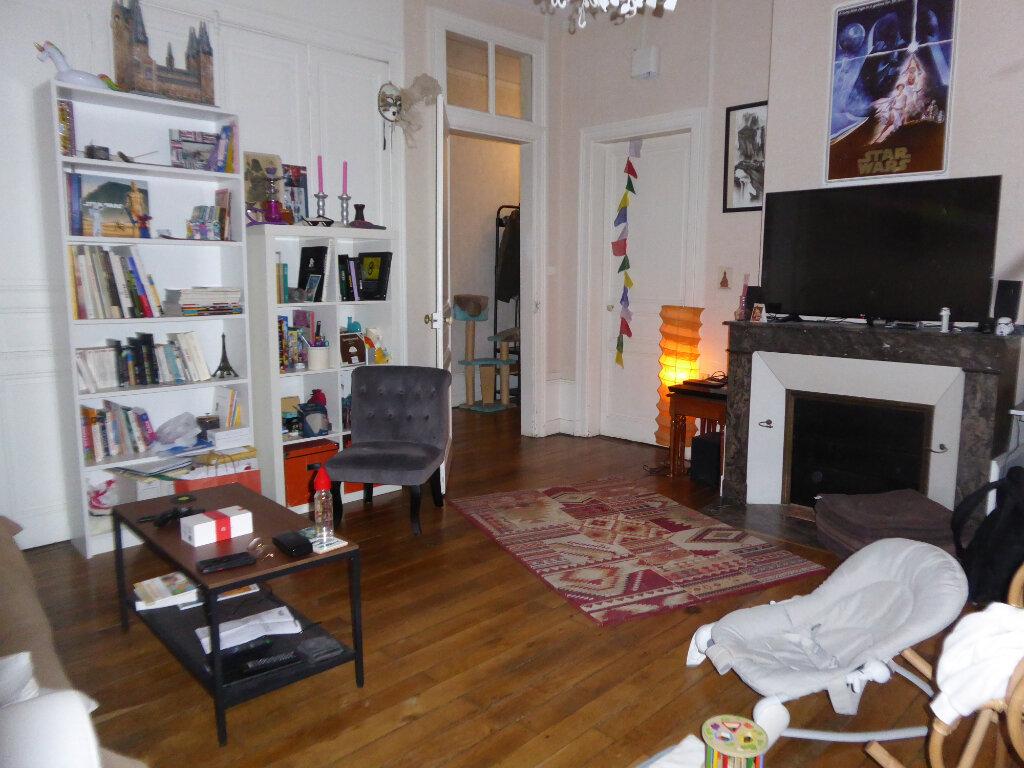 Appartement à louer 3 93.81m2 à Limoges vignette-2