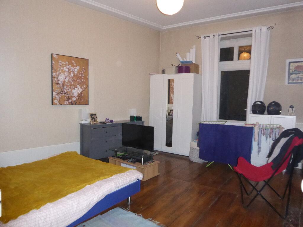 Appartement à louer 3 93.81m2 à Limoges vignette-4